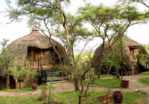 Serengeti Serena Lodge exterior